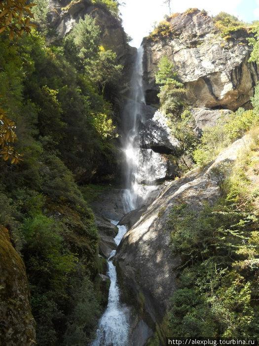 Водопад в районе села Ток Ток.