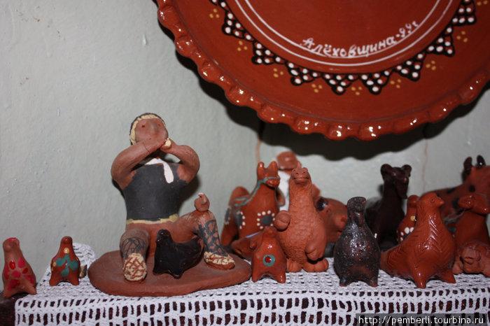 а вот и знаменитые вепсские игрушки из оятской глины