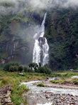 Водопад у поселка Тал