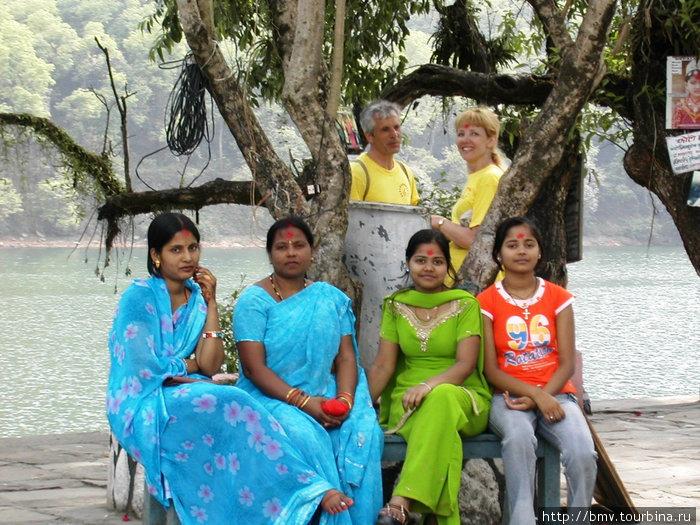 Непальские девушки.