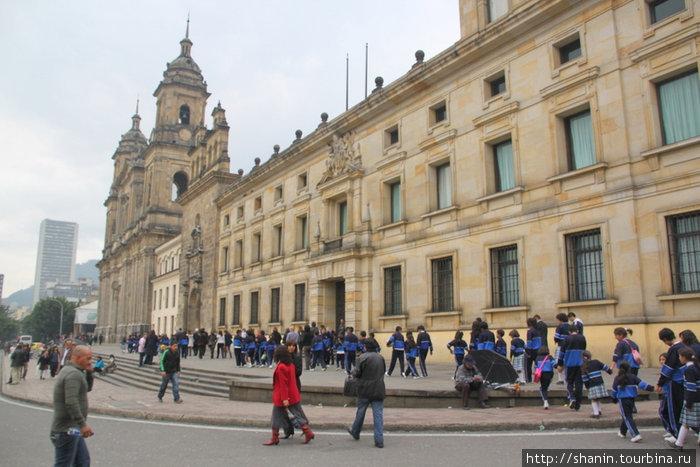 Центральная площадь Боготы