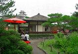 Чайный домик на территории замка