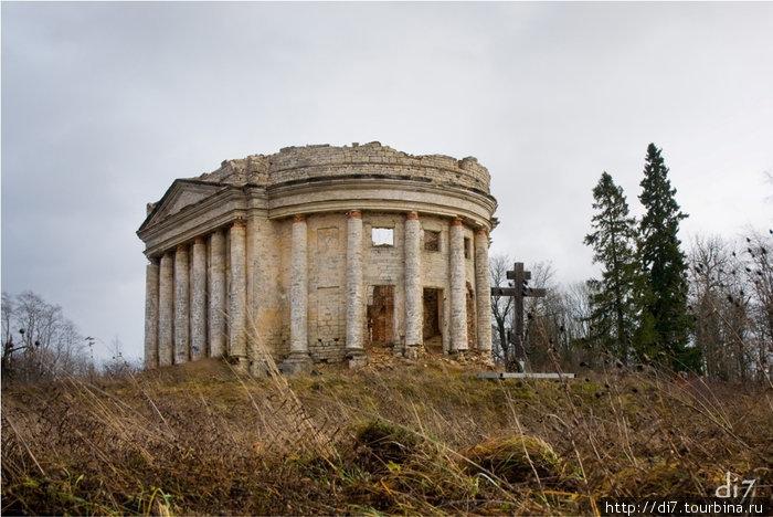 Дер.Пятая Гора, церковь Святой Троицы