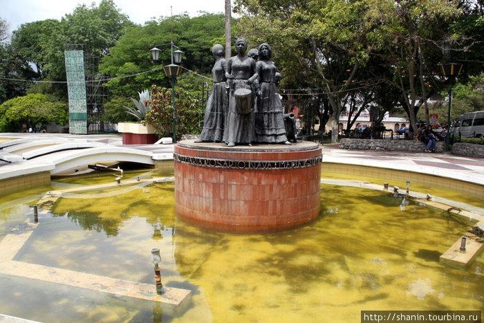 Памятник героиням