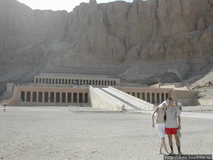Храм Хашепсут в Луксоре.