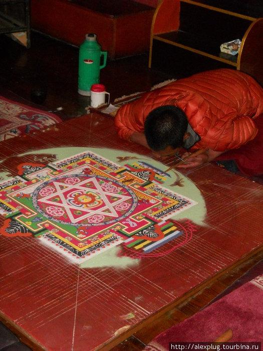 Монах за работой