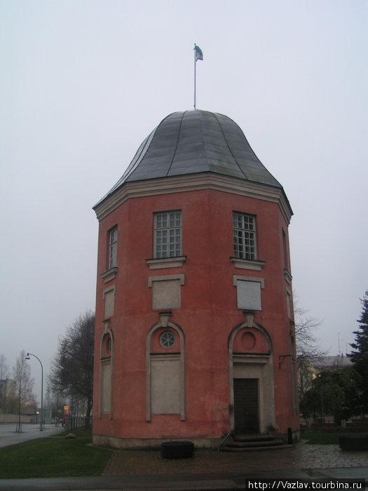 Башня под дождём