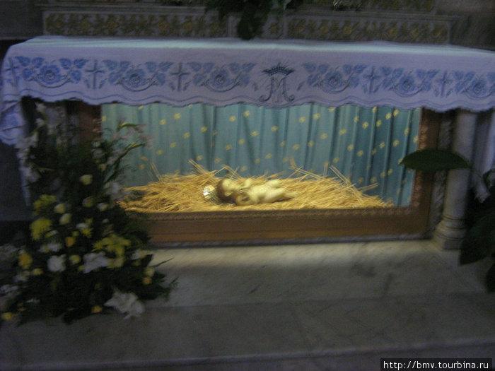 Ясли в Храме Рождества Христова.