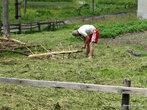 Изготовление приспособления для сушки сена.