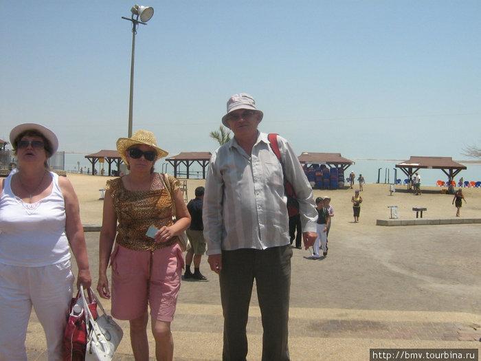 Пляж у Мертвого моря.