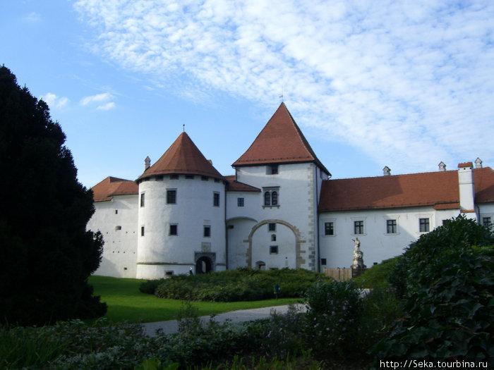 Замок Стари Град