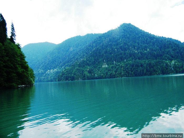 Озеро Рица.