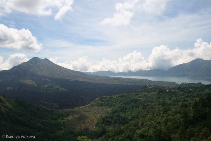 вулкан Кинтамани и озеро