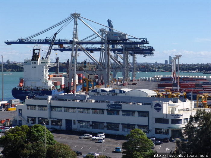 Оклендский морской порт