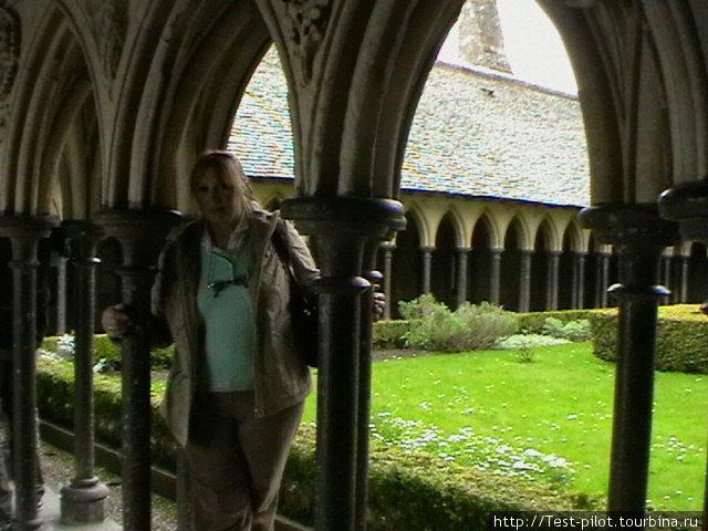 Внутренний дворик аббатства