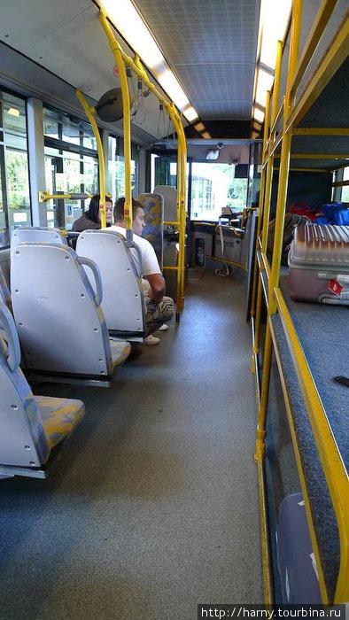 Это не National Express, но примерное представление о лондонских автобусах можете себе составить.