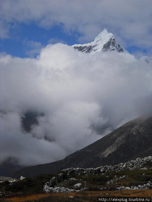 Непал. Записки одинокого треккера. Часть 12. Чукунг, Непал