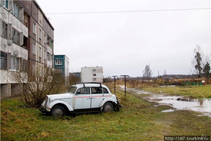 Чудо автопрома вросшее в землю)))