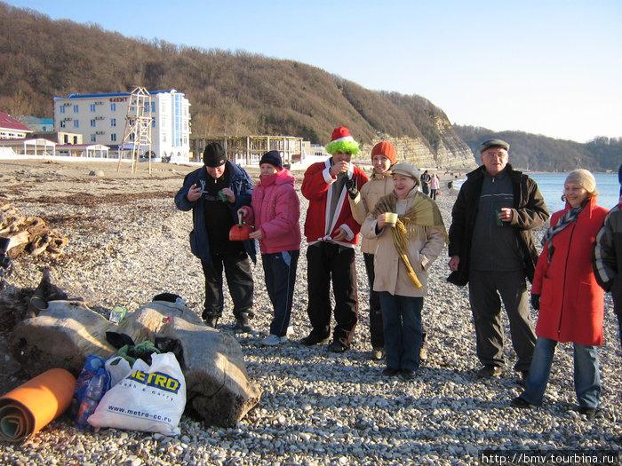 Мы на пляже 1 января 2008 года.
