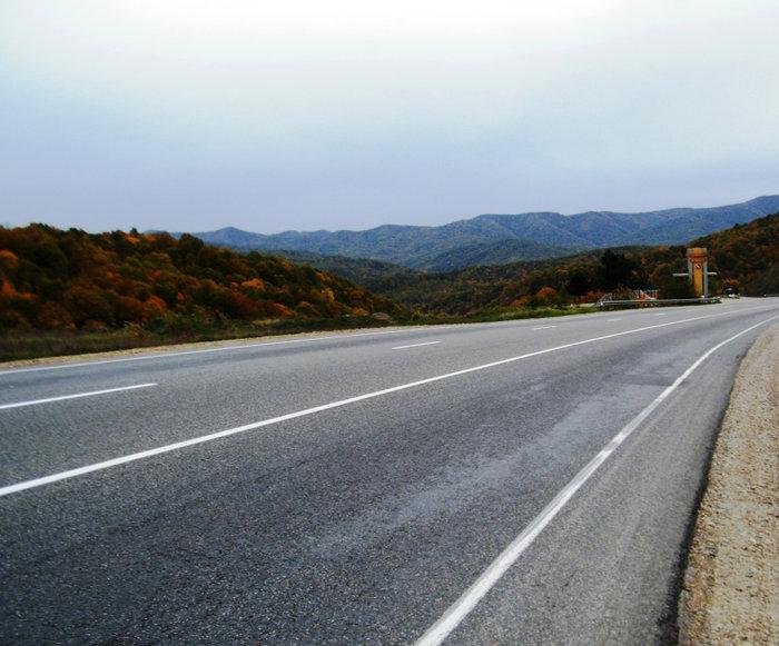 Гойтский перевал на трассе М4 между Горячим Ключем и Джугбой*bmv*Эх, дороги*Джубга, Краснодарский край, Россия