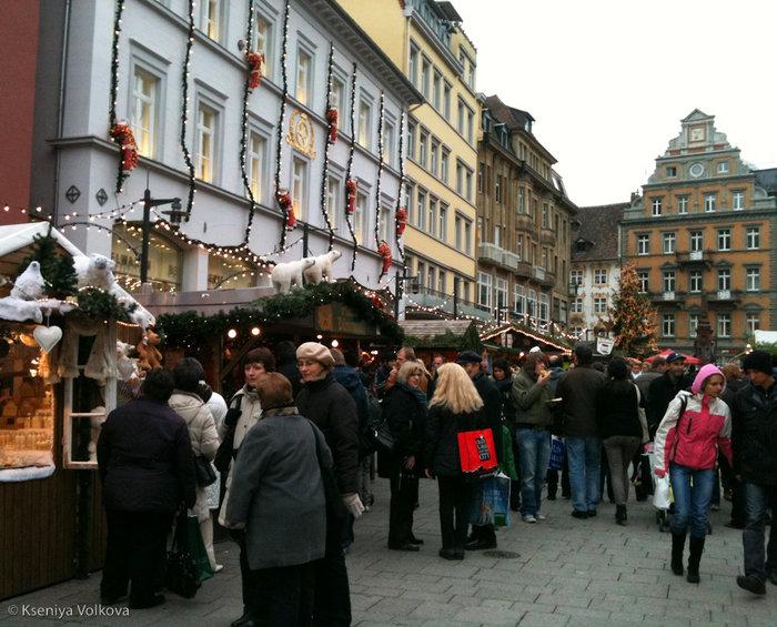 Ярмарка на главной площади.