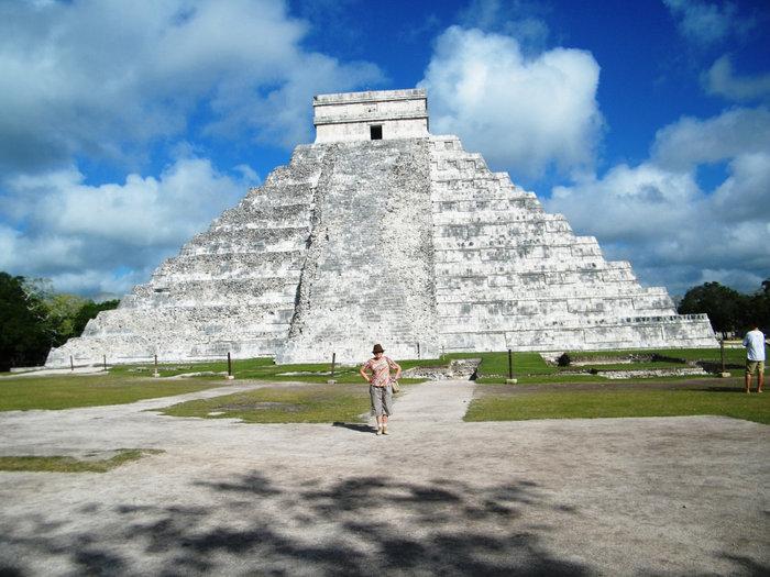 Пирамида в Чиче-Ице — одно и из современных Чудес Света, ради которой мы ехали в Мексику.