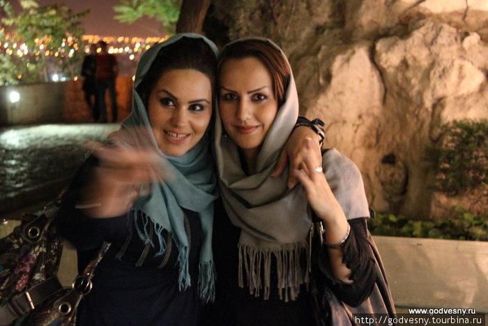 Девушкой иран с знакомство