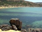 Пляж в бухте Айн-Туффиха