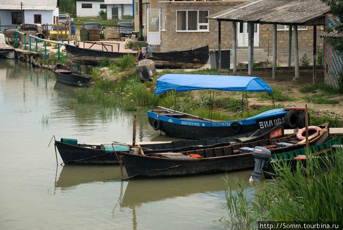 Традиционные вилковские лодки.