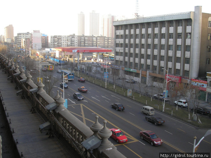 Улица Южный Синь Хуа.