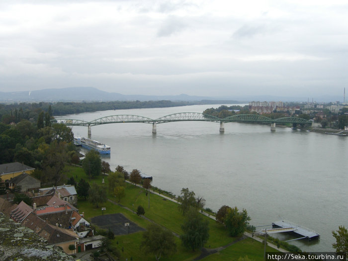 Вид на мост Марии-Валерии