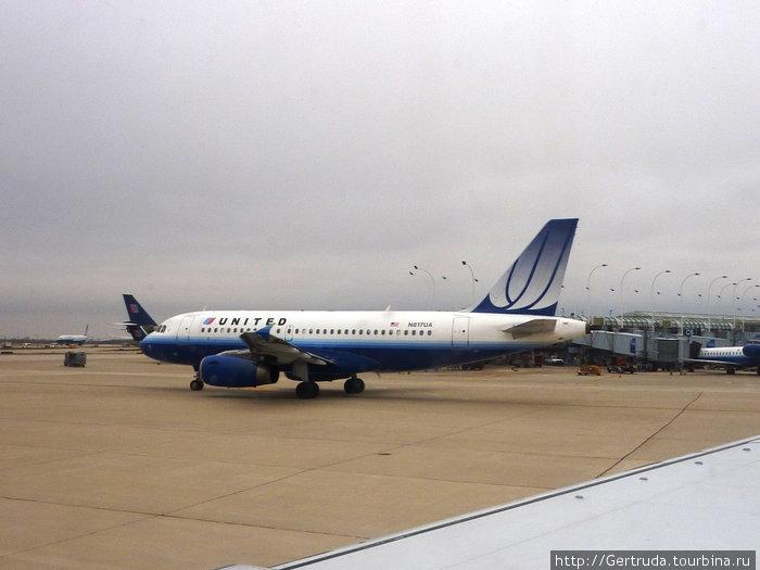 А это самолет компании