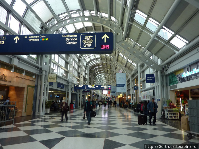 А это уже аэропорт О' Хара  в Чикаго.