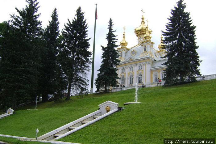 Придворцовая пятиглавая церковь