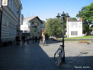 Утро на Замковой площади.