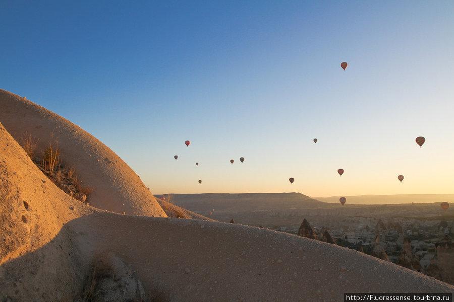 Воздушные шары на рассвет