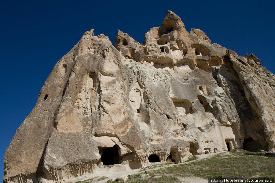 Целое древнее поселение н