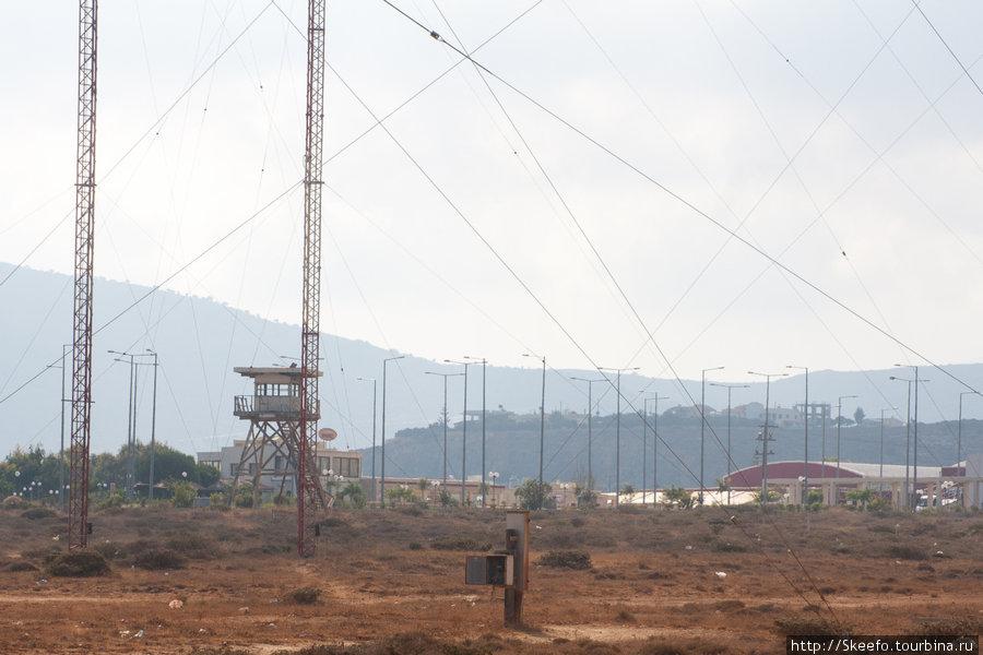 вышка и антенны. антенны прекрасно видны с google.maps. высокие!