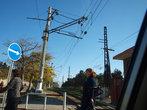Та самая первая электрифицированная линия. Провода и сейчас на месте. Вид с ж/д переезда.
