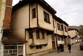 На улочке со старыми домами в Токате
