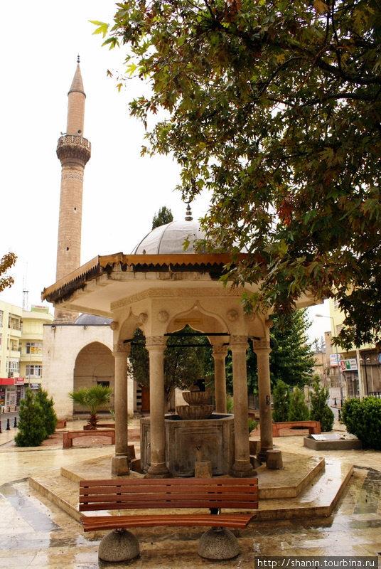 Фонтан для омовений Шанлыурфа, Турция