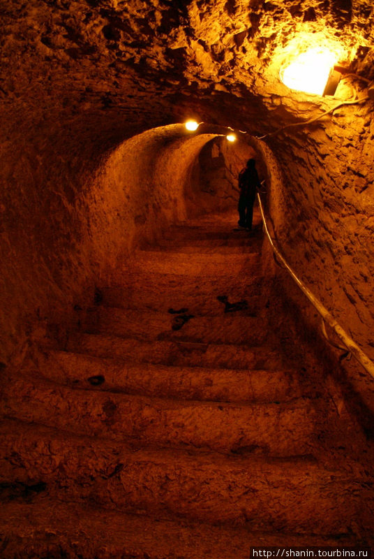 Подземный ход наверх Шанлыурфа, Турция