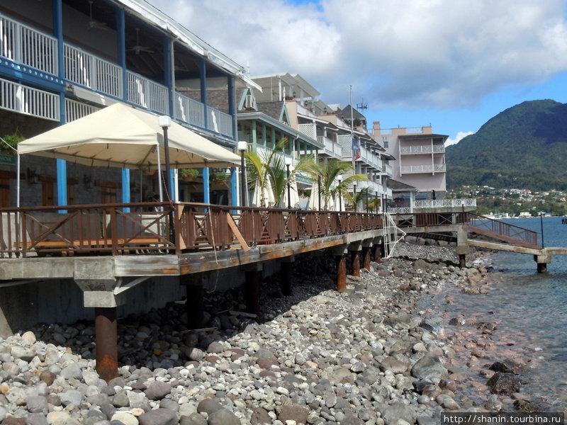 Отель на берегу моря в Розо