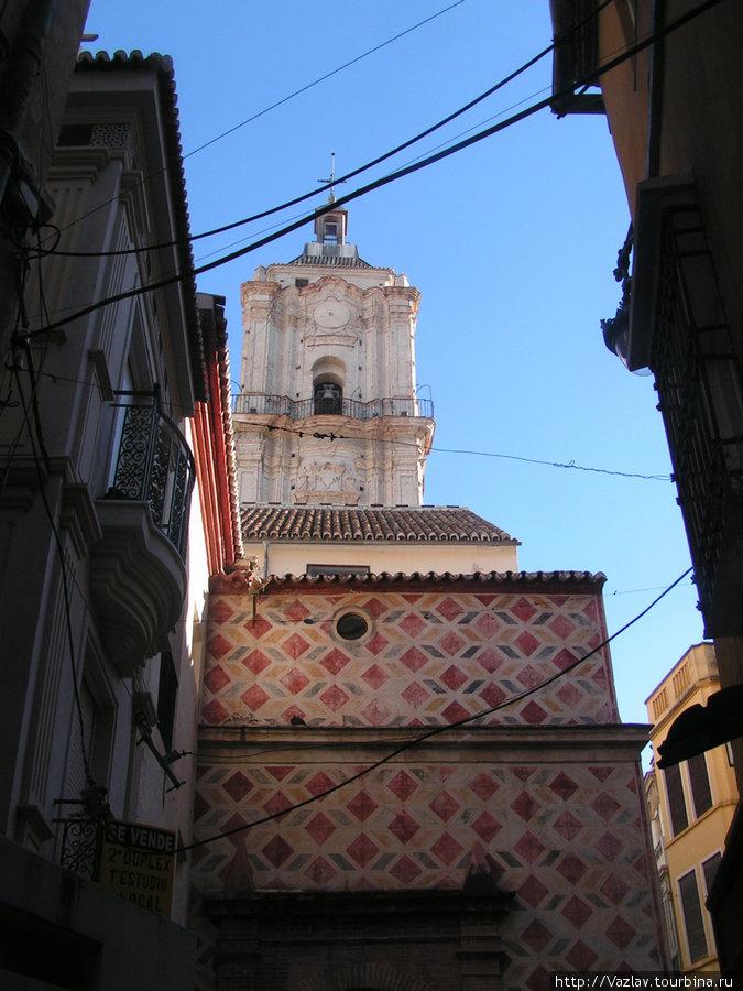 Вид на колокольню