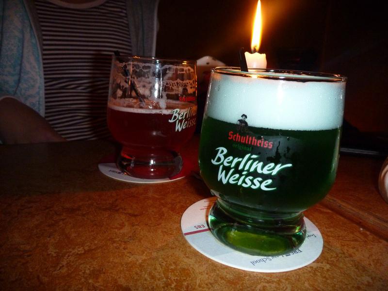Berliner Weisse — красное и зеленое.