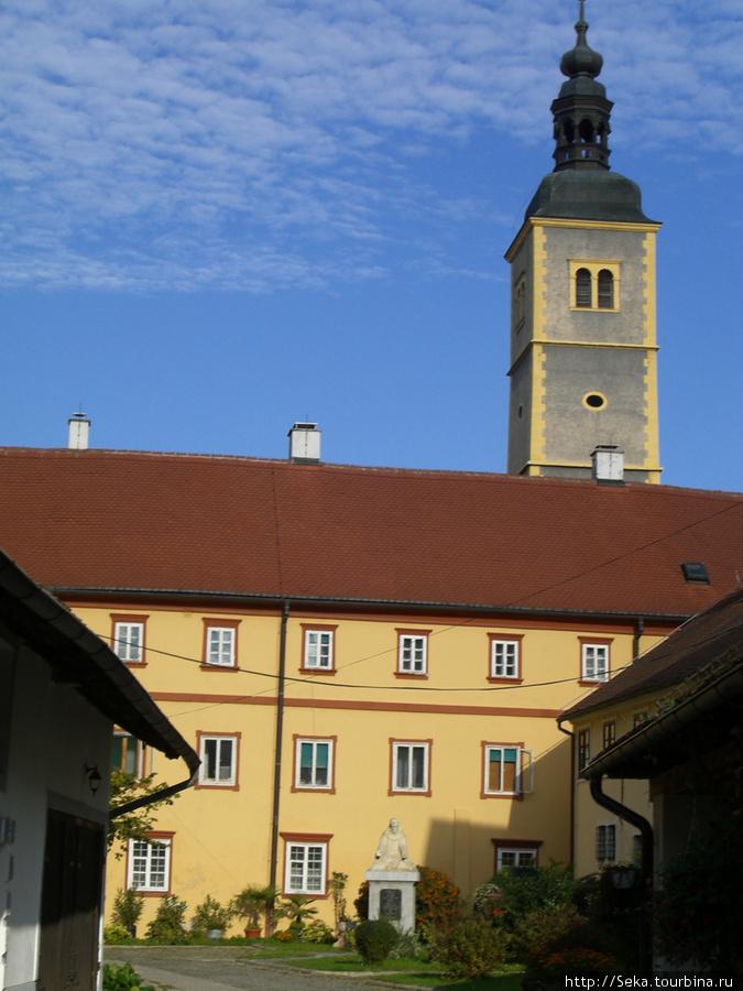 Францисканская церковь Св. Иоанна Крестителя