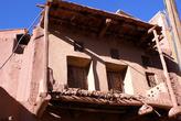 Балкон глинобитного дома