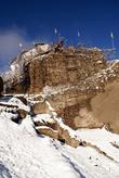Замок Аламут на скале
