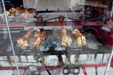 Шикарный аппарат по приготовлению куриц-гриль!