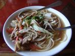 Мое первое блюдо — тибетский суп с лапшой и мясом, тукпа.